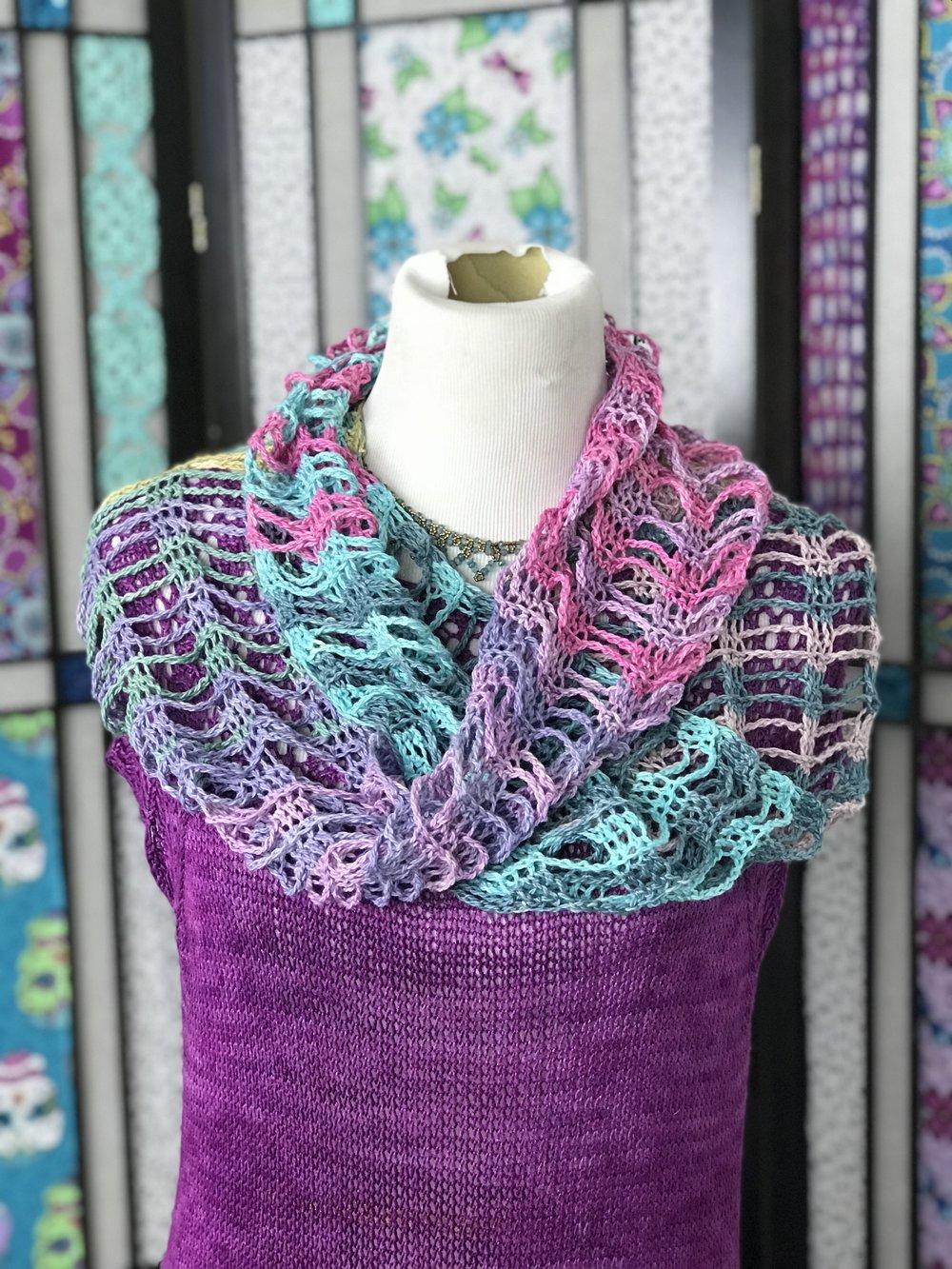 Serene Sampler Crochet Mobius/Cowl Free Crochet Pattern — Kristin Omdahl