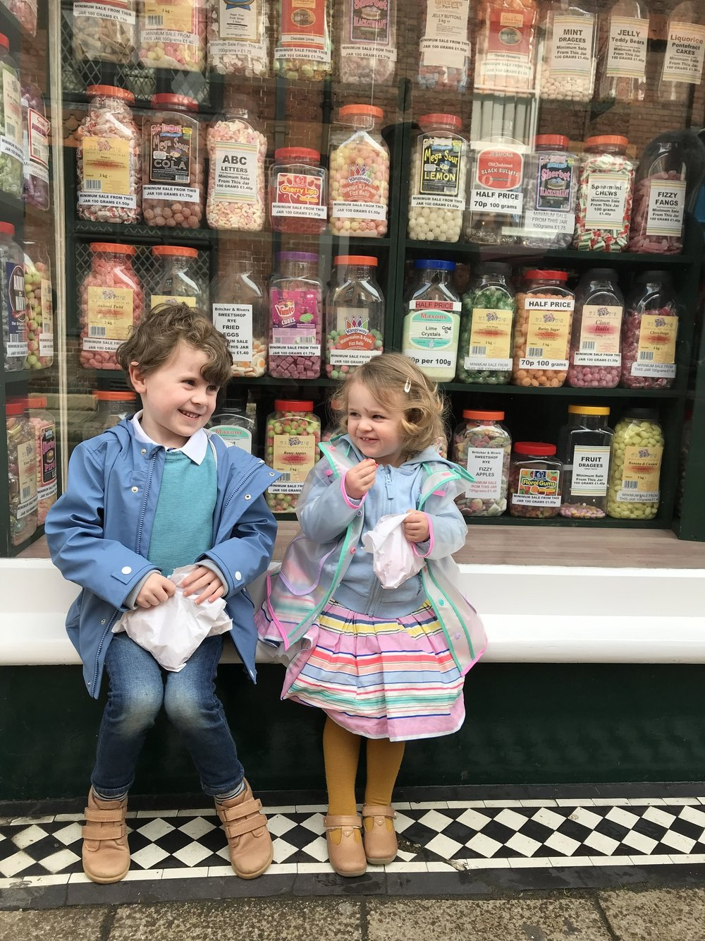 We visited an old fashioned sweetshop in the beautiful medieval town Rye (about 10 minutes drive from the house) and walked along cobbled streets to pick some holiday treats. Kids clothes detailed below.