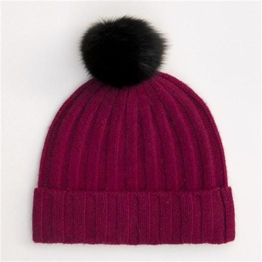 burgundy-hat.jpg{w=527,h=527}.th.jpeg