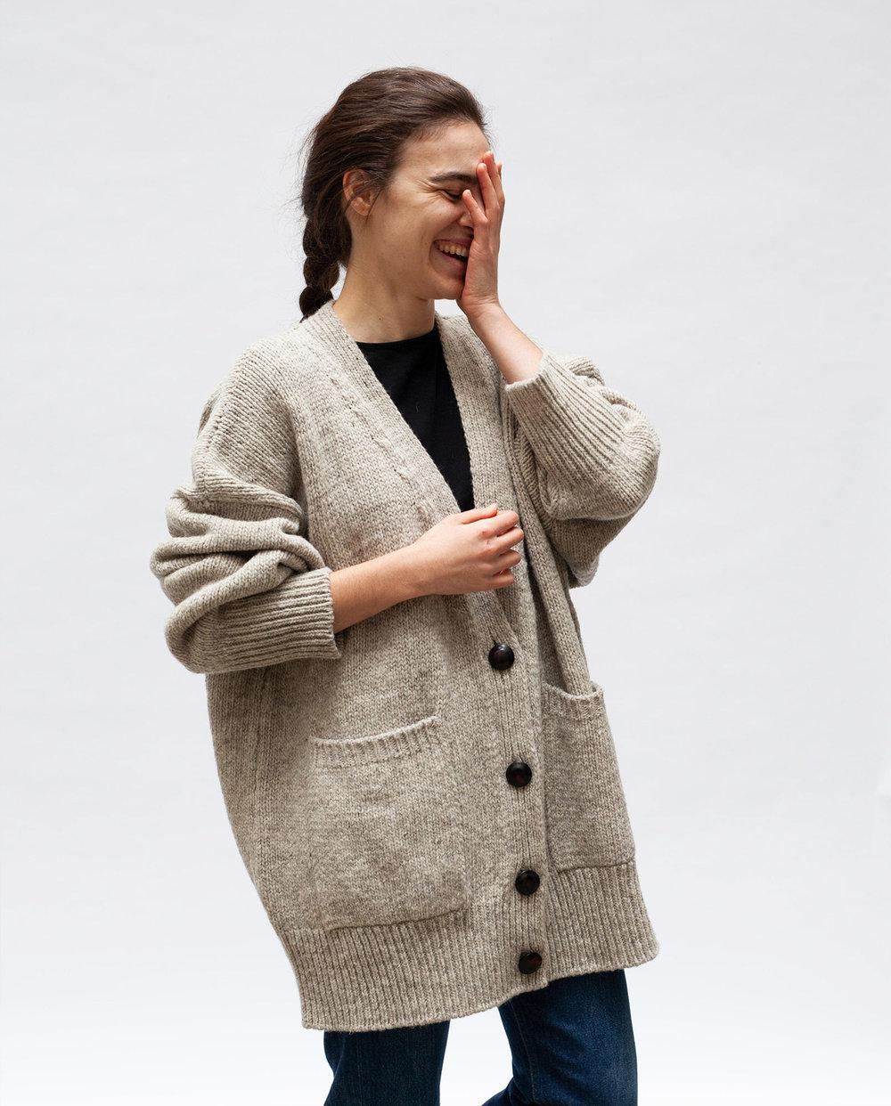 coat-woman-no17-mist-m1-web.jpg