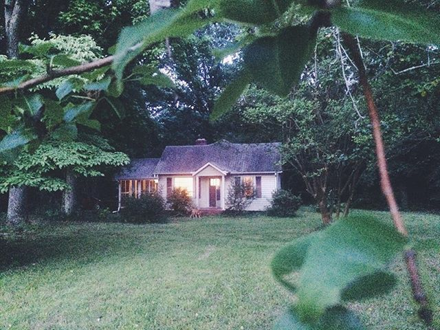 Goodbye little white bungalow. You've been the sweetest place to rest our heads.