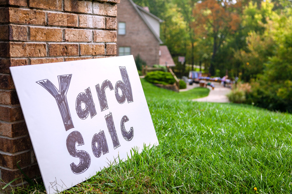 There Are Some Great Resources Out And Going Basic Is Just Fine Weve Linked A Few Printable Yard Sign Templates