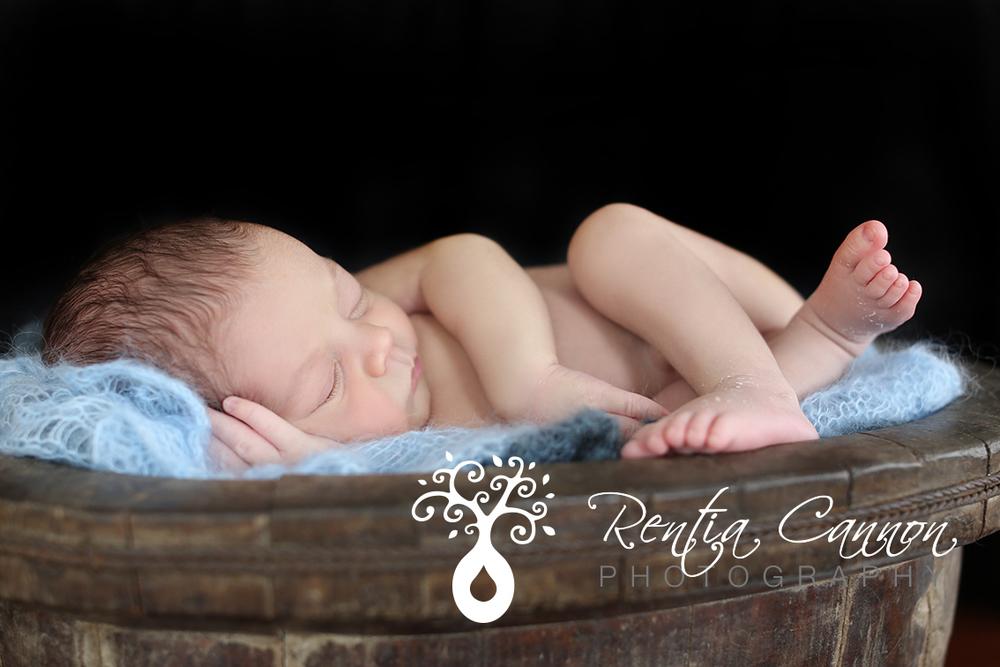 newborn boy picture ideas
