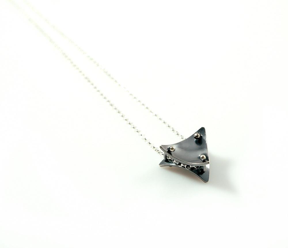 Trinity Necklace.JPG