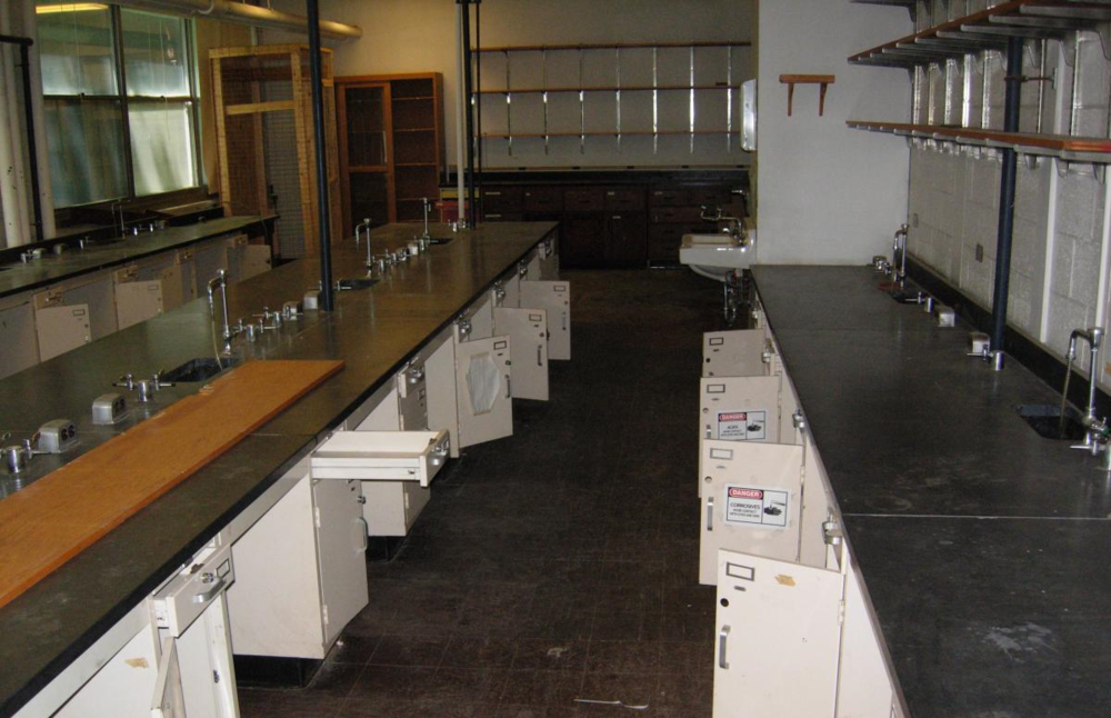 Decommissioned Laboratory. Image:  University of Vermont.
