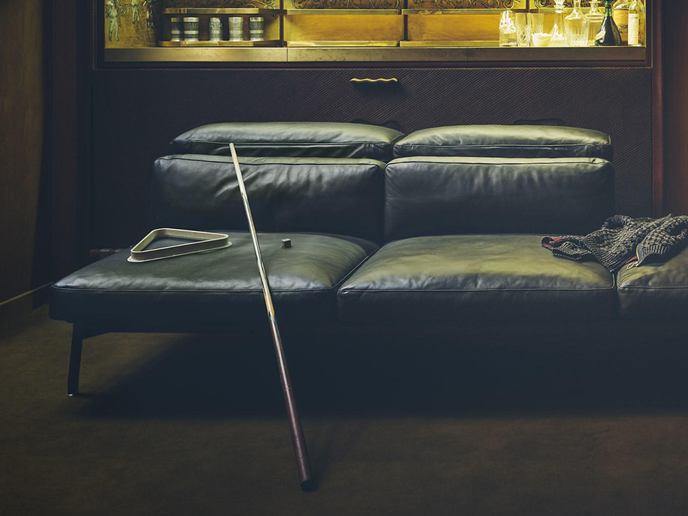 CASSINA - SLED SOFA