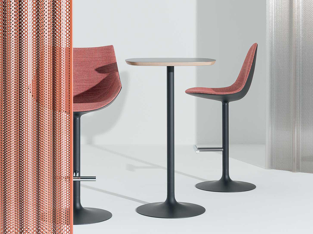 CASSINA - PASSION STOOL & TABLE
