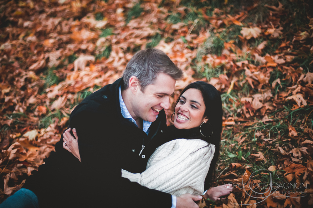 Fall at its best, Fall Engagement Session, Selkirk Waterway, Victoria BC, Veronique Gagnon Photography