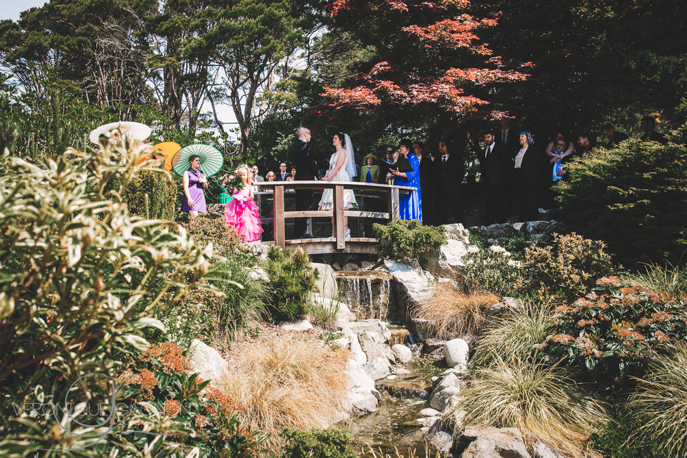 Perfect casual wedding ceremony location at the Japanese gardens.