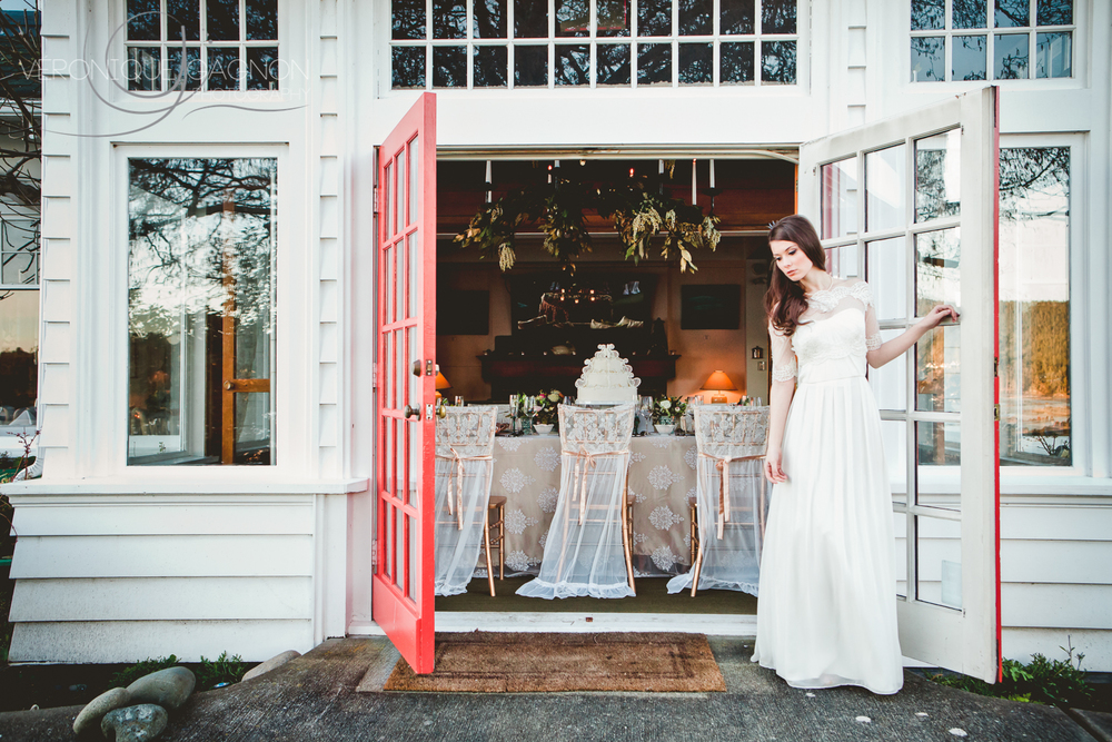Spring vintage style wedding at the Sooke Harbour House