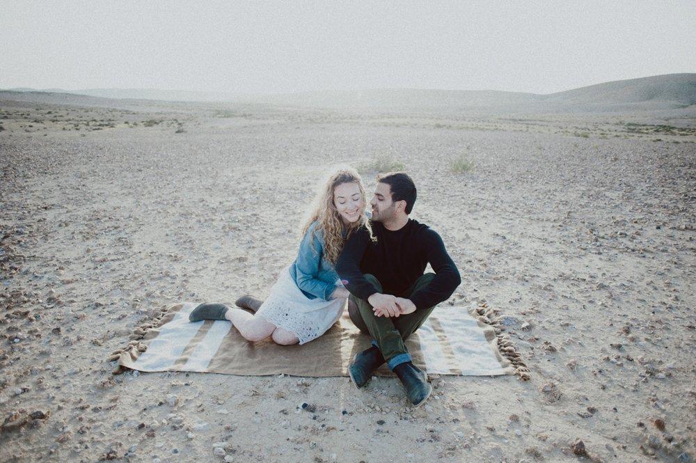 rebbeca-or desert session-28.jpg