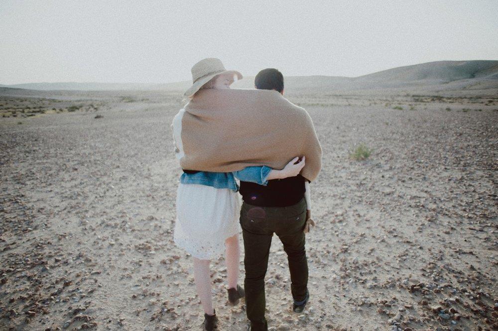 rebbeca-or desert session-35.jpg