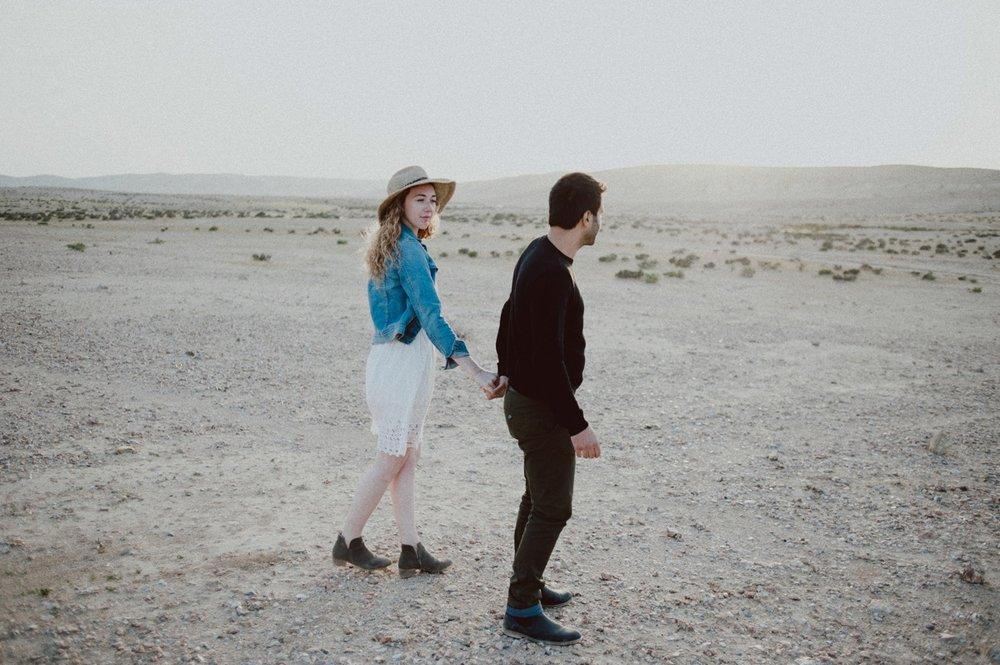 rebbeca-or desert session-57.jpg