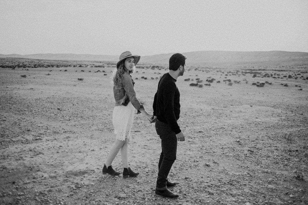 rebbeca-or desert session-21.jpg