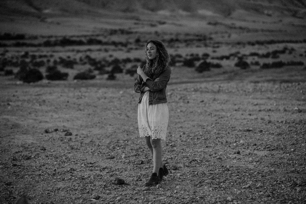 rebbeca-or desert session-38.jpg