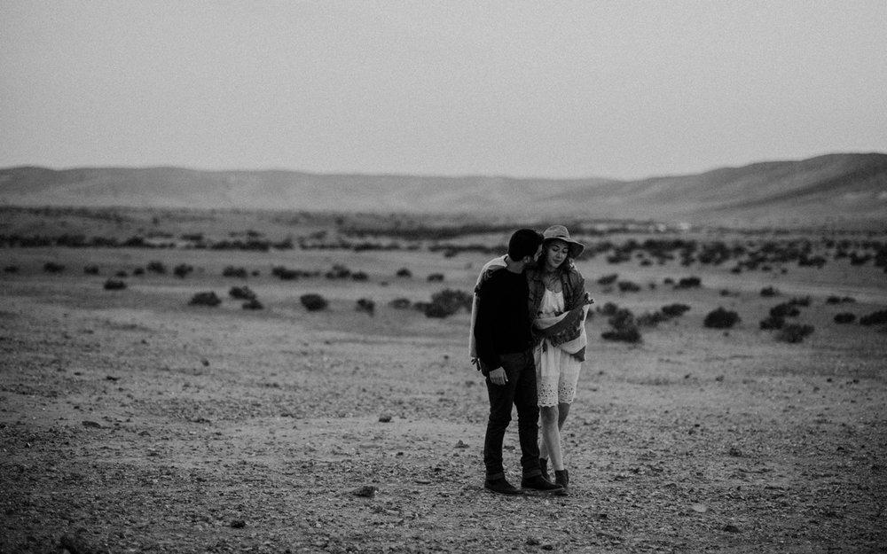 rebbeca-or desert session-39.jpg