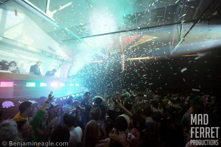Noah's Dreamboat crowd shot.jpg