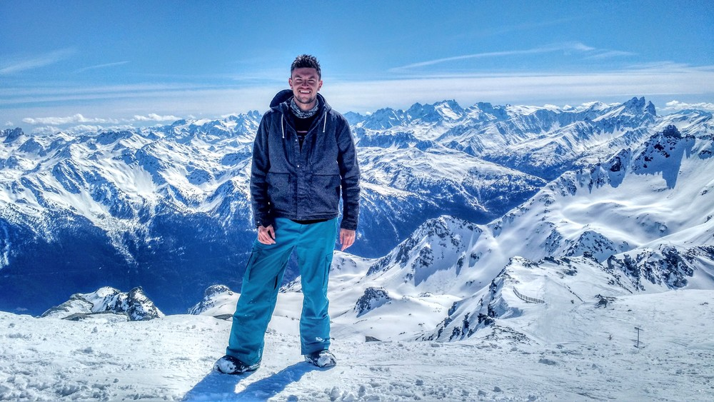 Here I am on the top of the world in Val Thorens in mid-April of this year, where I travelled with some of the friends I made on my undergraduate course.