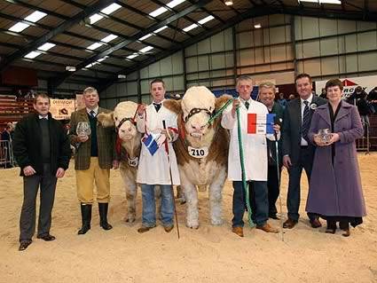 Overall & Junior Champion & Reserve Overall & Junior Reserve Champion recieve awards from Judge Robion Boyd & wife Darla and William Jackson CKD Galbraith Sponsor