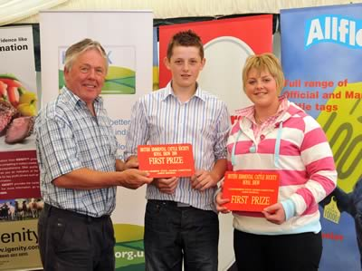 Rhys & Angharad Francis Joint First Prize Winners Under 21 Indivduals from the Welsh Club with David Donnelly Sponsor Preserva Midlands & Atlow Simmentals