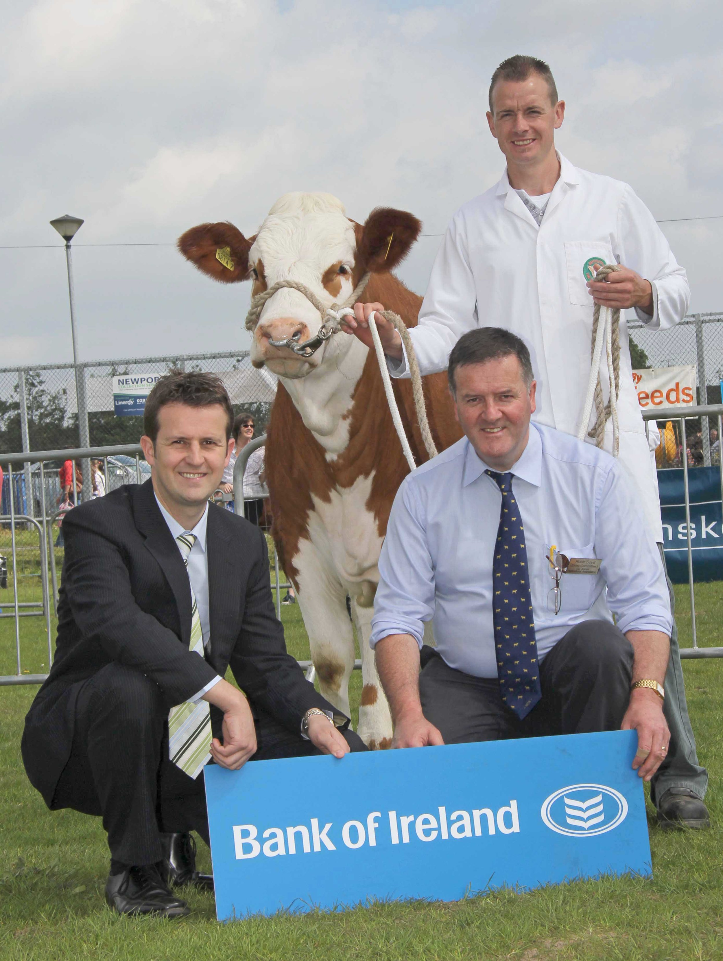 Bank of Ireland is continuing its sponsorship of the Simmental Young Members' Association. Looking forward to the stockjudging event on Tuesday evening June 17, are William Thompson, Bank of Ireland; club secretary Robin Boyd; and chairman Richard Rodgers who is hosting the event at his Portglenone-based Hiltonstown Herd.