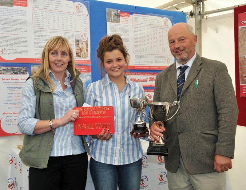 Overall Winner Hannah Wood.jpg