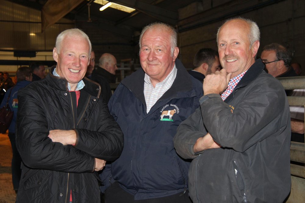 Vendor David Hazelton, Ranfurly Herd, Dungannon, centre, with fellow Simmental breeders Leslie Weatherup, Ballyclare, and Nigel Glasgow, Cookstown.