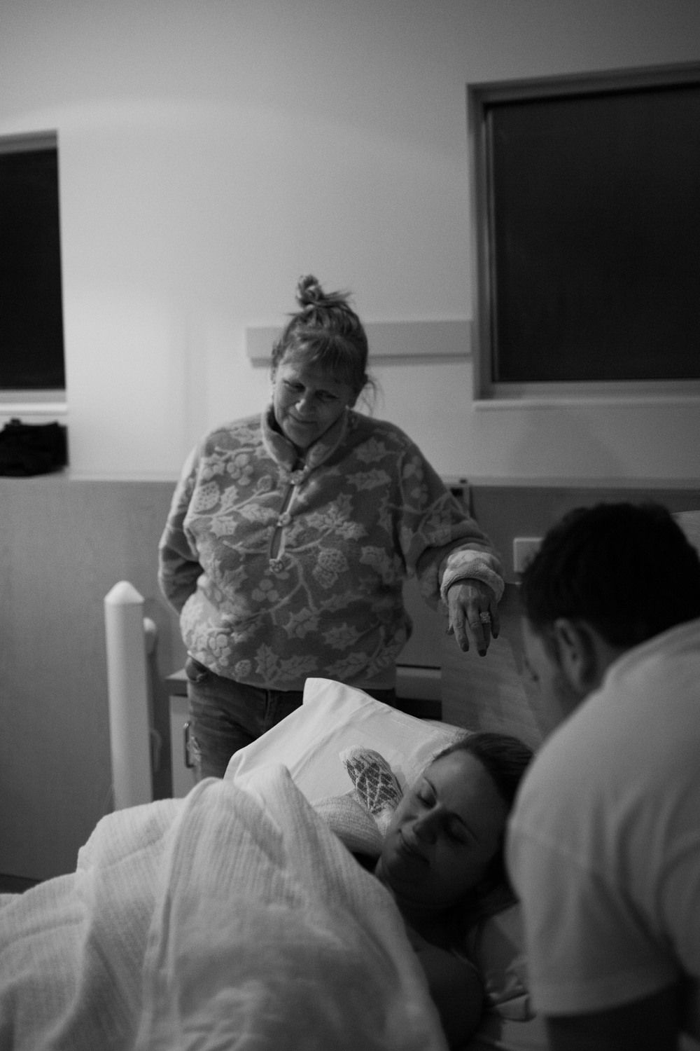 THEFIRSTHELLO - BIRTH PHOTOGRAPHY-10.jpg