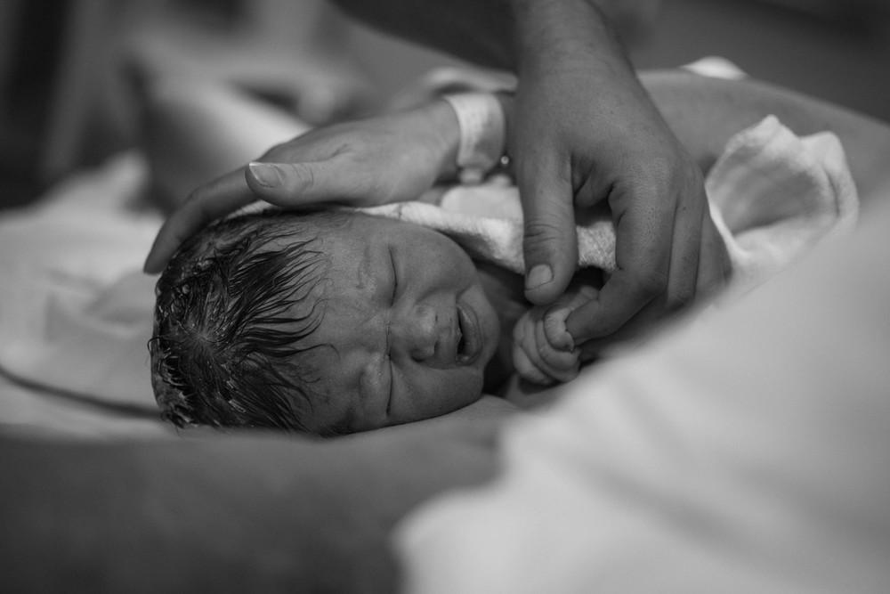 THEFIRSTHELLO - birth photography-65.jpg