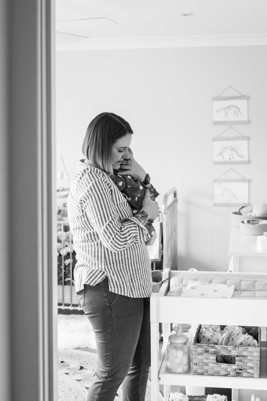 THFIRSTHELLO - birth photography-19.jpg