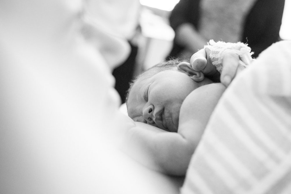 THEFIRSTHELLO-birthphotography-99.jpg