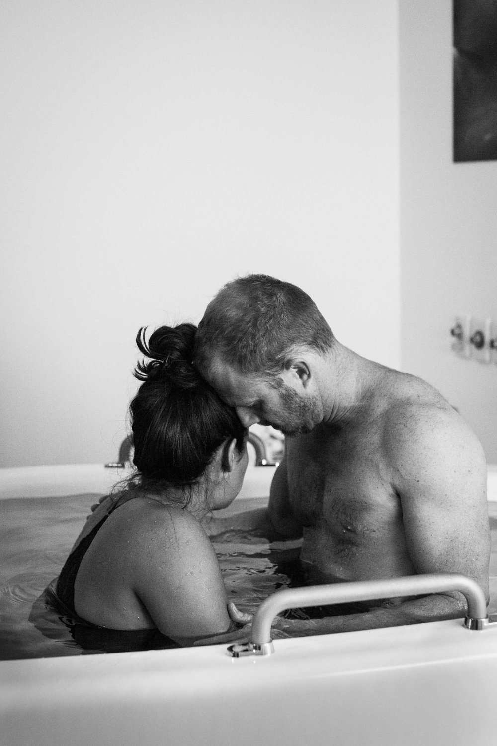 THEFIRSTHELLO - birth photography-40.jpg