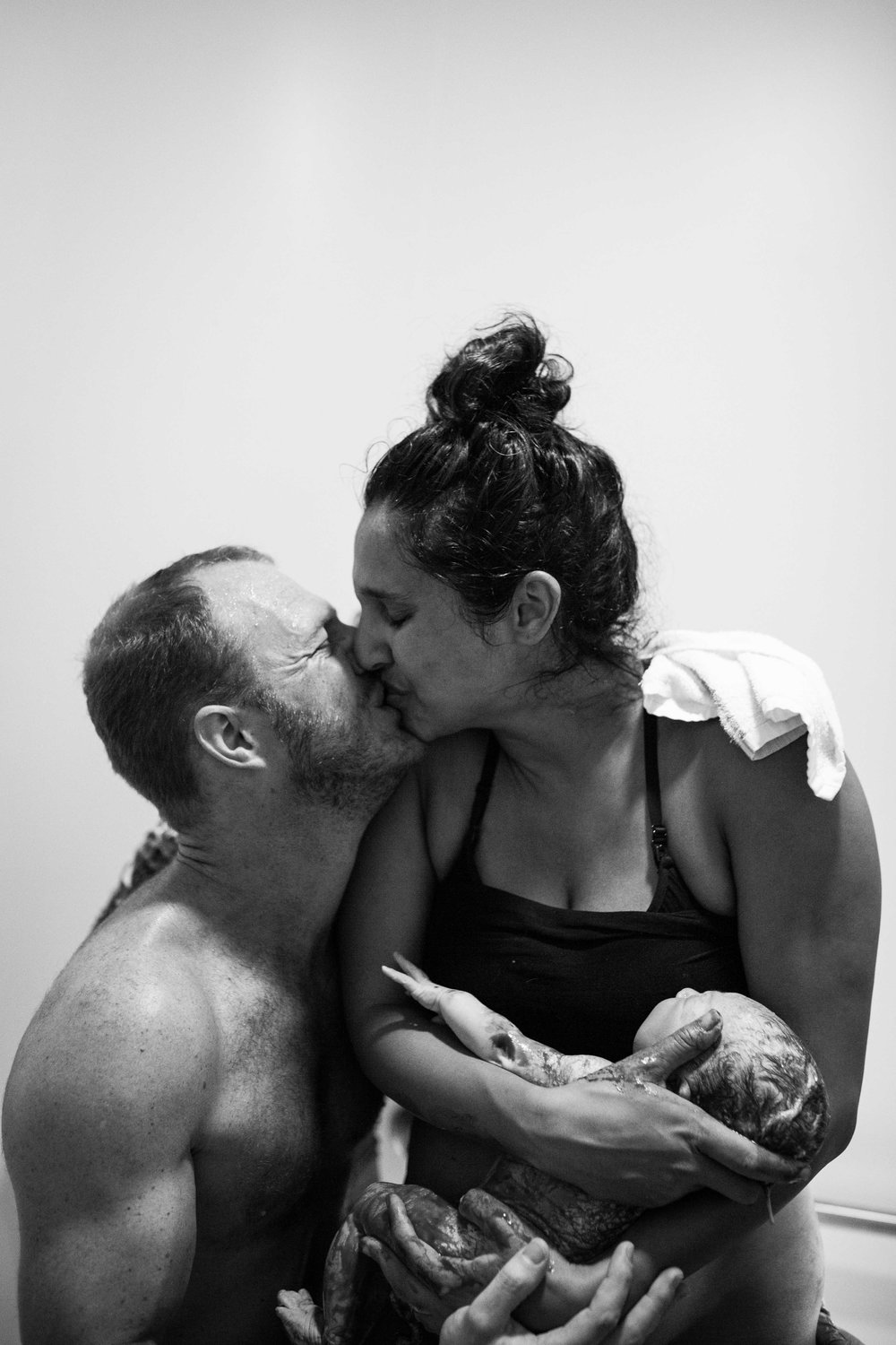 THEFIRSTHELLO - birth photography-131.jpg