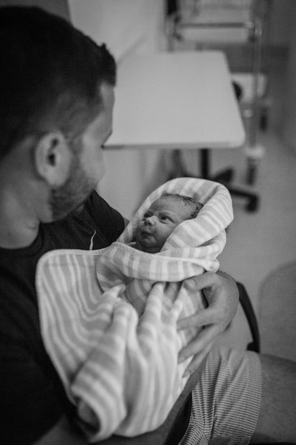 THEFIRSTHELLO-birthphotography-101.jpg