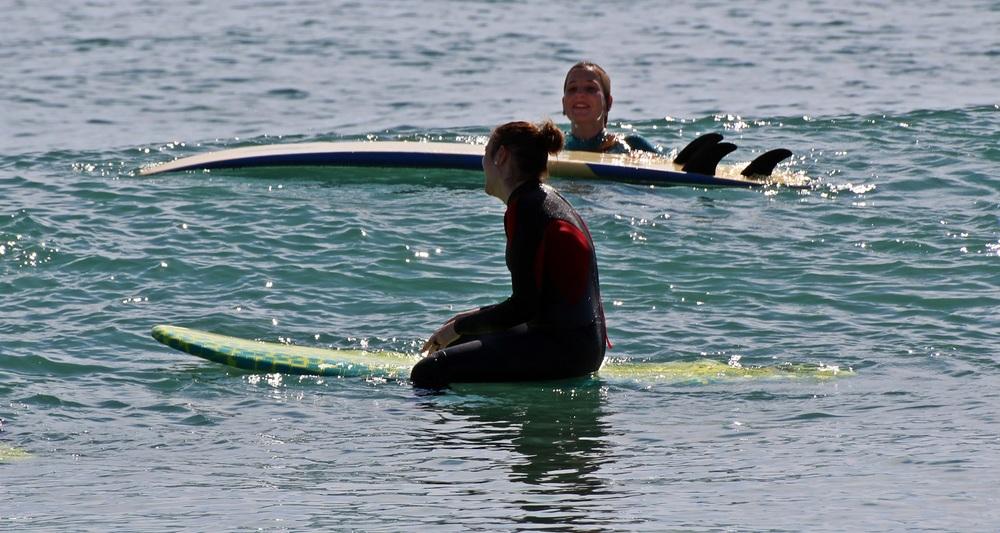 alumnos escuela de surf