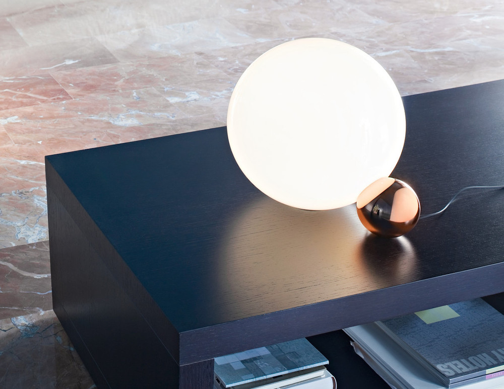 Copycat-Table-Lamp-by-Flos-02.jpg