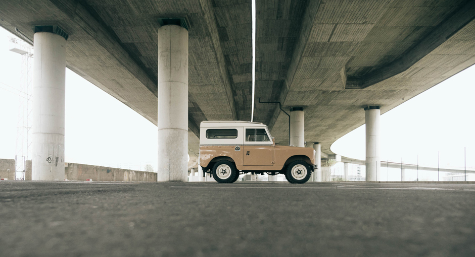 Land-Rover-Serie-II-banner.jpg