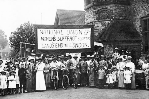 Suffragette-Cyclists-Womens-Day-London.jpg