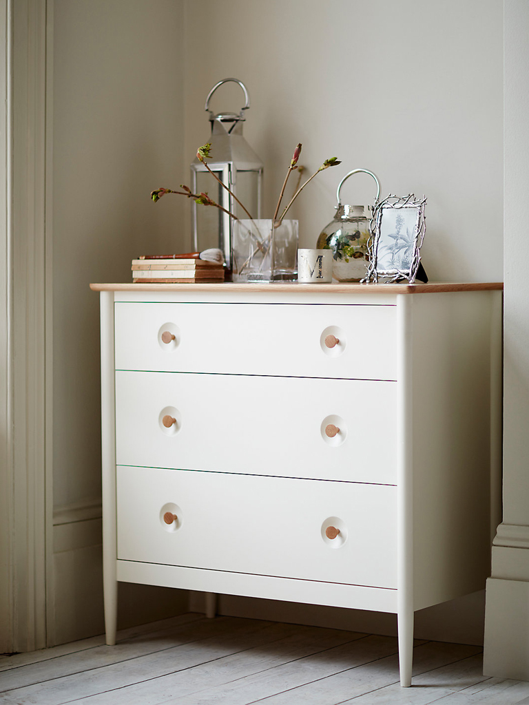 M&S-SS16-Hampden White Bedroom Chest .jpg