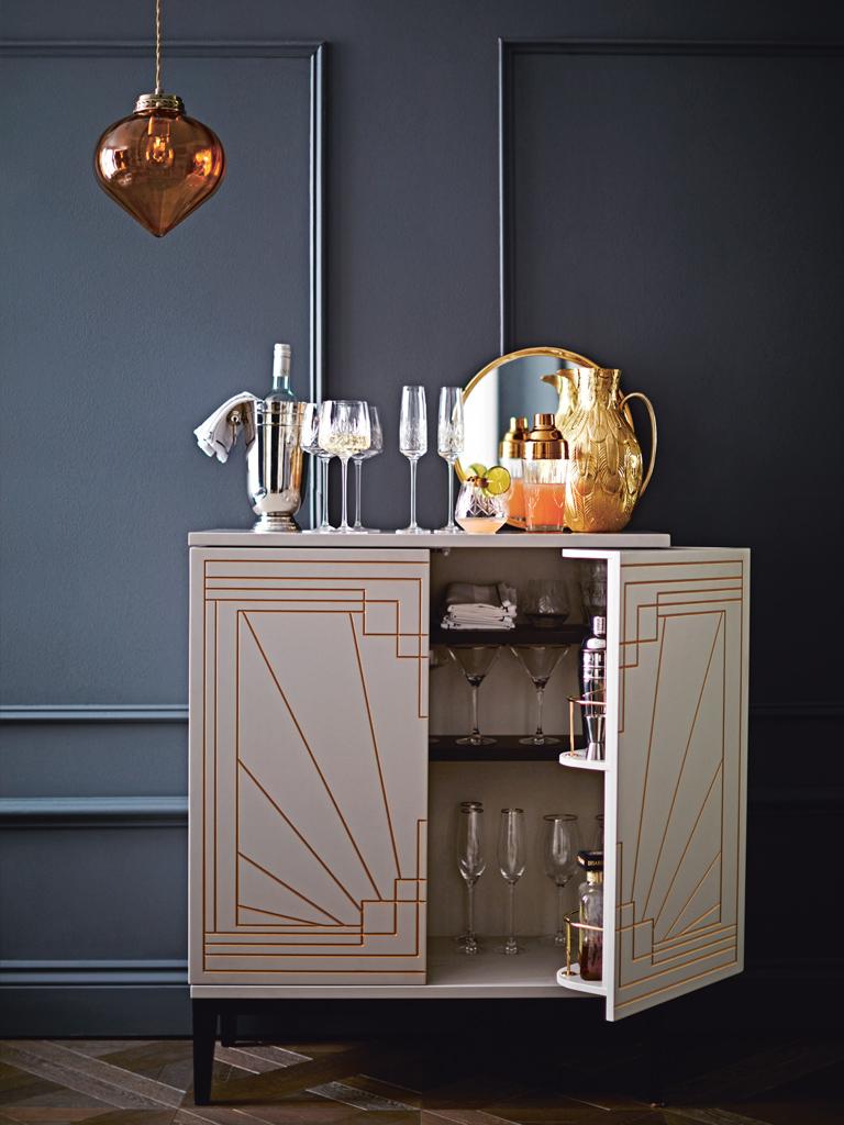 Carraway-Drinks-Cabinet-001.jpg