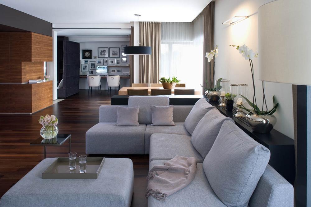 DOM MARINA MOKOTÓW    Luksusowa i przytulna, a jednocześnie kobieca atmosfera hoteli butikowych w przestrzeni pełnej brązów i szarości.   Galeria
