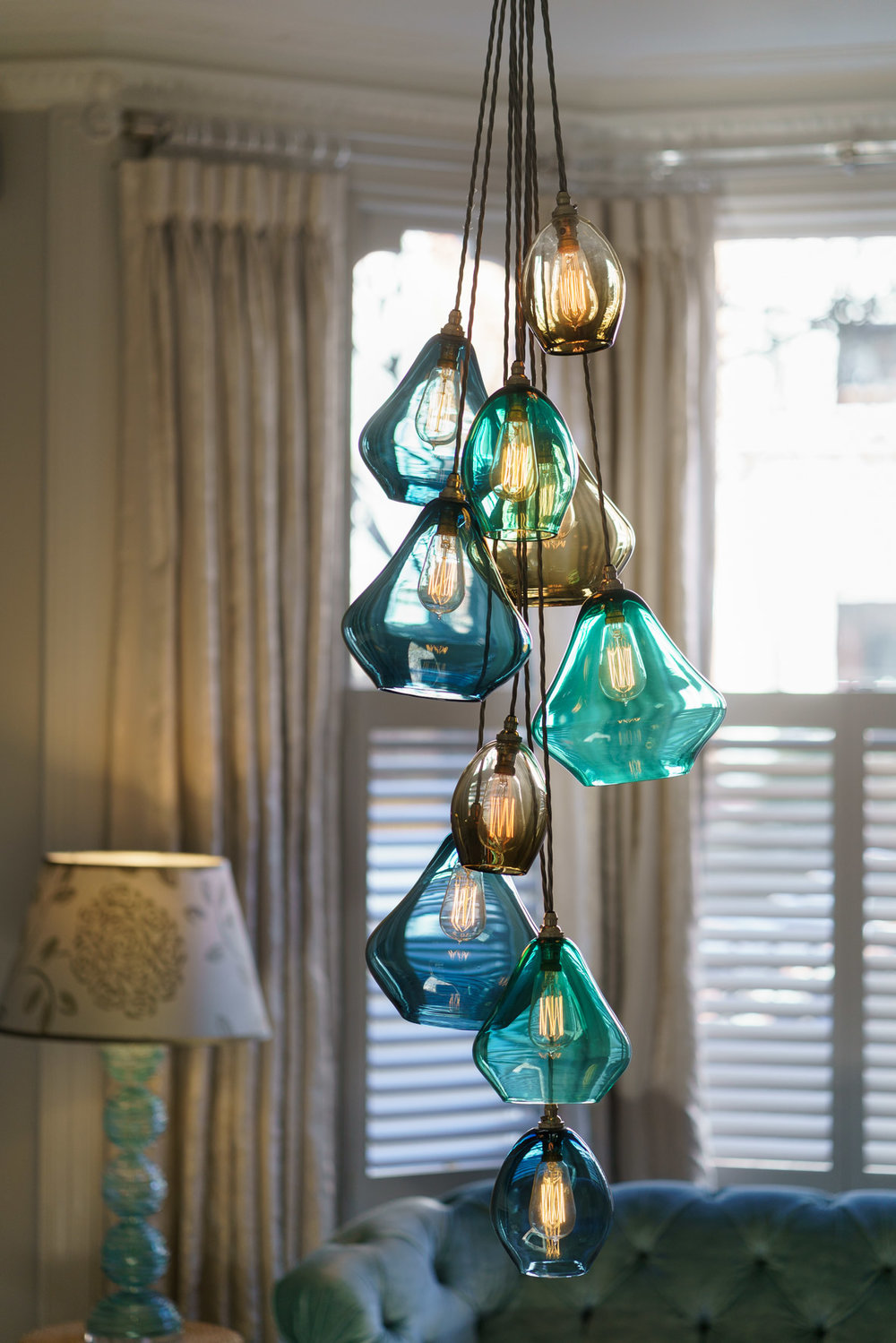 pear_drop_chandelier_bluegreen.jpg