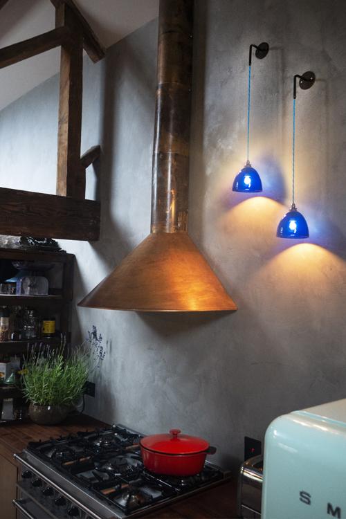 Hand-Blown-Glass-Wall-Light-Mod_1.jpg