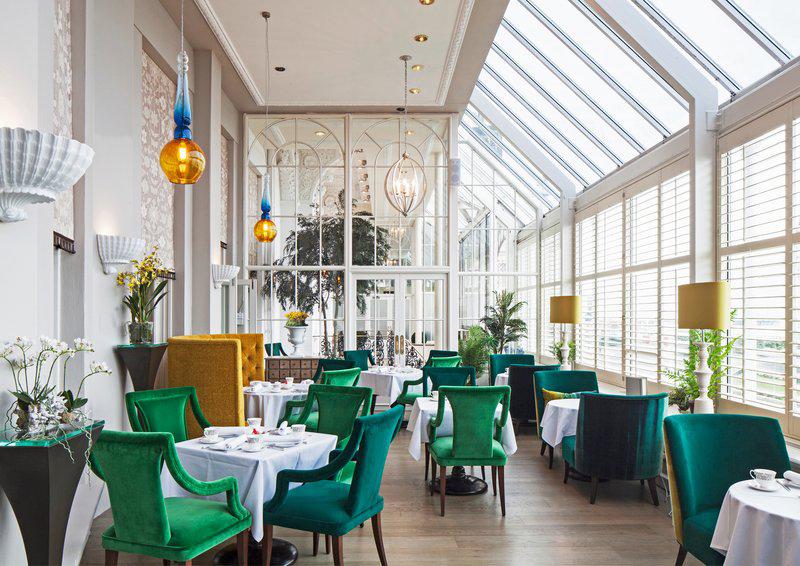 Extra Large Stemmed Round Grand Hotel, Brighton