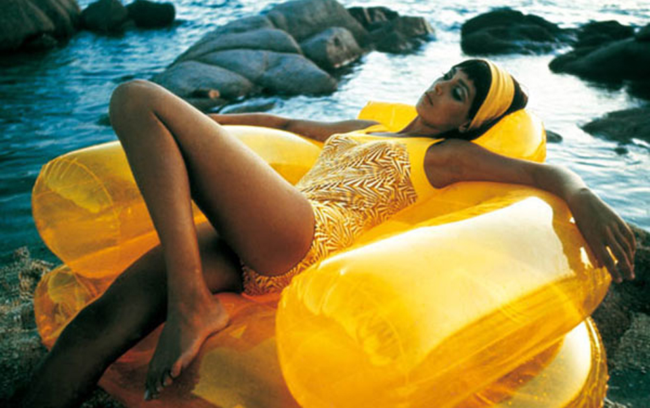 2/2 The inflatable Blow armchair made by Zanotta was part of the craze for pneumatic design in the 1960s and 70s.