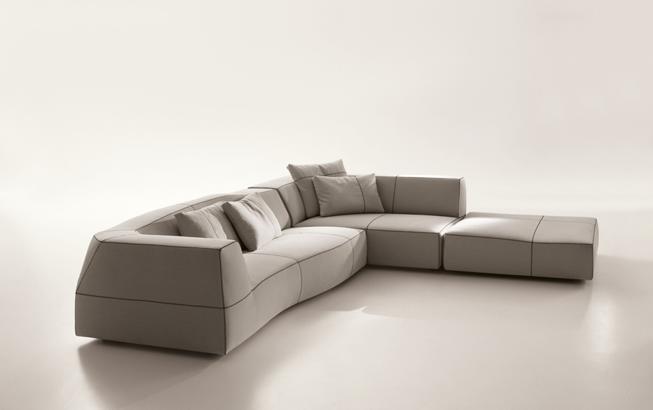 5/5 One of the most technically difficult sofas in the B&B Italia range, the Bend was designed by Patricia Urquiola in 2010.