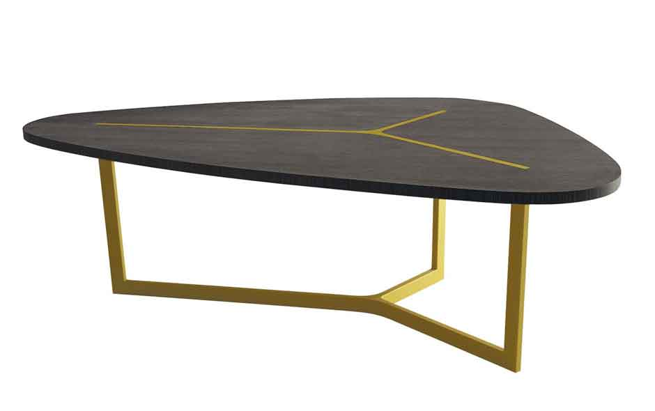 2/2 The Seven table designed for B&B Italia is a finely detailed expression of form and material.