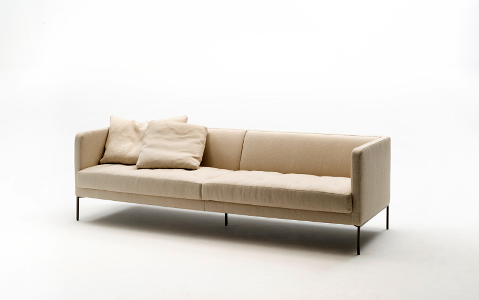 9/11 The 1950s inspired Easy Lipp sofa designed by Piero Lissoni.