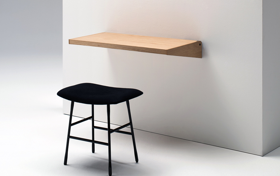 7/11 The FJU desk designed by kaschkasch is a flexible home/office idea that allows the user to shut the desk when not in use.