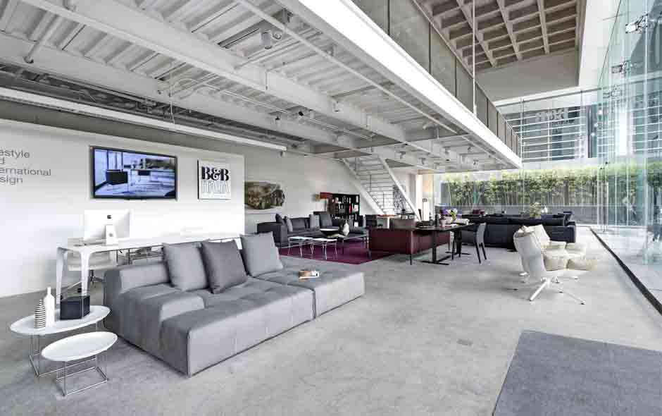 1/4 The new B&B Italia showroom in Mexico City has an open plan interior with views from inside out.